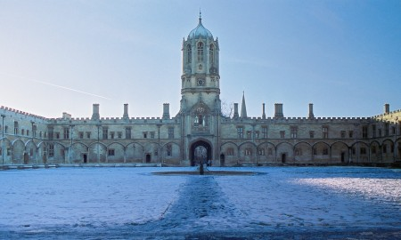 The quad of Christ Church College, Oxford, looking towards Tom Tower on a snowy day