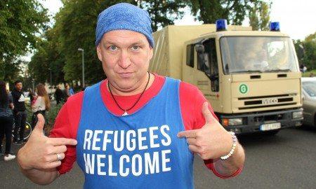 refugees-950338_960_720