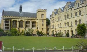 Pembroke_Chapel_Quad